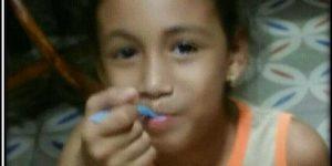 Cuban Girl eating